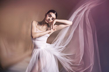 Nadja Berberovic FEMALE BALLET DANCER IN FLOWING SILK Women