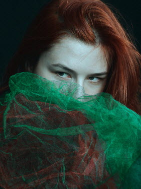 Daria Amaranth WOMAN WITH RED HAIR AND GREEN GAUZE Women