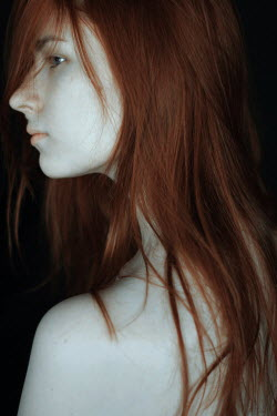 Daria Amaranth CLOSE UP OF WOMAN WITH RED HAIR Women