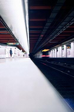 Virginia Ateh SUBWAY STATION PLATFORM Railways/Trains