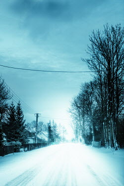 Magdalena Russocka suburban road in winter