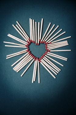 Rekha Garton HEART-SHAPED CIRCLE OF MATCHES Miscellaneous Objects