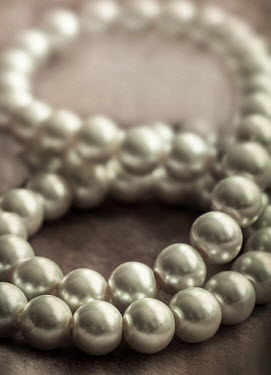 Jaroslaw Blaminsky CLOSE UP OF PEARL NECKLACE Miscellaneous Objects