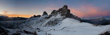 Ollie Taylor MOUNTAIN RANGE WITH SNOW Rocks/Mountains