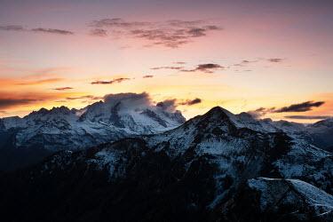 Ollie Taylor MOUNTAIN RANGE AT SUNSET Rocks/Mountains