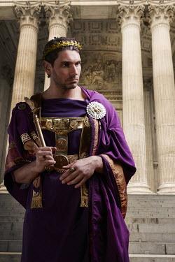 CollaborationJS ROMAN EMPEROR OUTSIDE TEMPLE Men