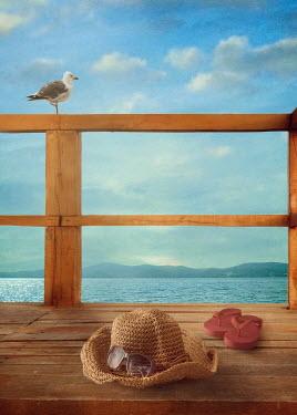 Drunaa Beach items and ocean