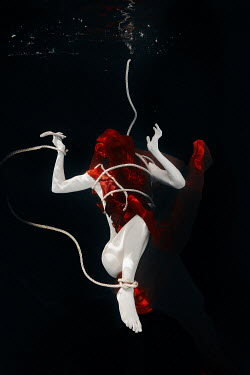 Rekha Garton WOMAN TIED AND COVERED WITH FABRIC UNDERWATER Women
