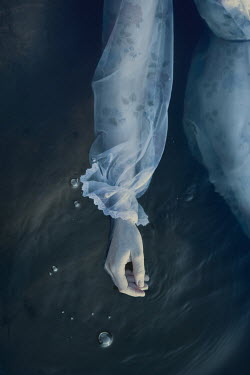 Magdalena Russocka dead woman's hand in water