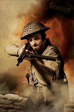 CollaborationJS WW2 SOLDIER AIMING MACHINE GUN Men