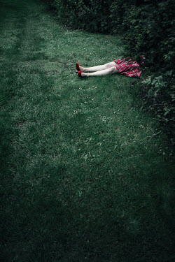 Magdalena Russocka woman's dead body lying in bushes