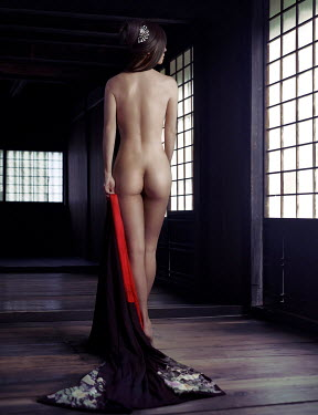 Alex Maxim Woman nude in traditional Japanese building Women