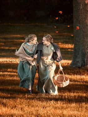 Elisabeth Ansley HAPPY HISTORICAL WOMEN WALKING IN COUNTRYSIDE Women