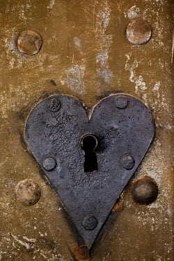Kerstin Marinov CLOSE UP OF HEART-SHAPED LOCK Miscellaneous Objects