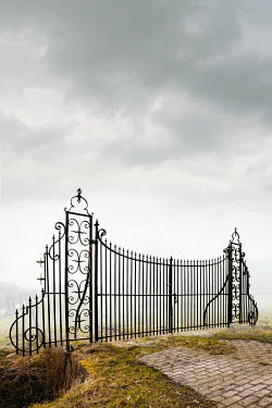 Yolande de Kort GRAND WROUGHT IRON GATE IN COUNTRYSIDE Gates