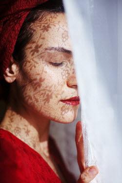 Esmahan Ozkan NET CURTAIN PATTERN REFLECTED ON FEMALE FACE Women