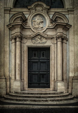Jaroslaw Blaminsky EXTERIOR OF DOOR OF GRAND BUILDING Religious Buildings