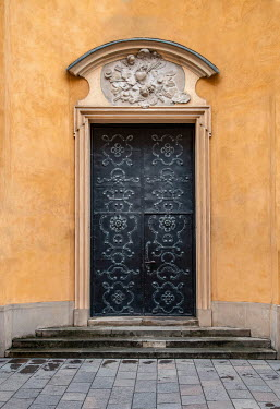 Jaroslaw Blaminsky ORNATE DOOR IN HISTORICAL BUILDING Building Detail