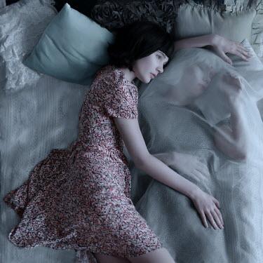 Ranat Renee Two girls lying in bed Women