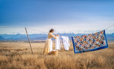Mary Wethey HISTORICAL WOMAN HANGING OUT WASHING Women