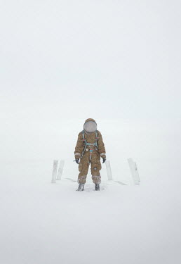 Inna Mosina ASTRONAUT STANDING IN THE SNOW Men