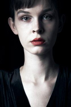 Miguel Sobreira Portrait of young woman Women