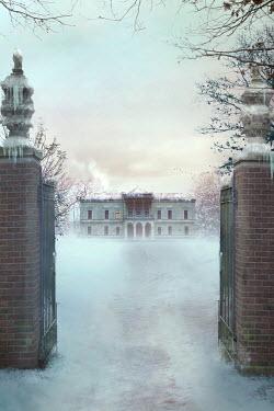 Drunaa Mansion in winter garden