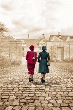 Stephen Mulcahey TWO RETRO WOMEN WALKING TOWARDS MANSION Children