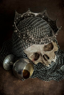 Jaroslaw Blaminsky SKULL WITH CHAINMAIL CROWN AND GOBLET Miscellaneous Objects