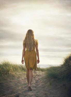 Mark Owen BLONDE BAREFOOT GIRL WALKING IN SAND DUNE Women