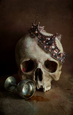 Jaroslaw Blaminsky SKULL AND CROWN WITH SILVER GOBLET Miscellaneous Objects