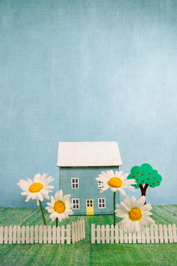 Peter Chadwick LITTLE HOUSE WITH LARGE DAISIES Miscellaneous Objects