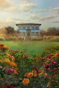 Drunaa House in garden