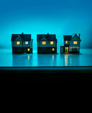 Stephen Mulcahey THREE MINIATURE HOUSES AT NIGHT WITH LIGHTS Miscellaneous Objects