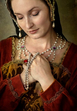 Jaroslaw Blaminsky TUDOR WOMAN WITH PEARL HEADDRESS Women