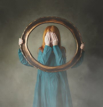 Anna Buczek SURREAL GIRL COVERING FACE WITH GOLD FRAME Children