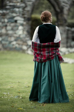 Magdalena Russocka historical scottish woman with tartan