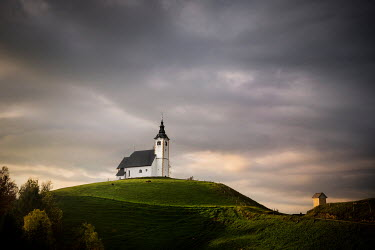 Evelina Kremsdorf Planina nad Horjulom, Slovenia