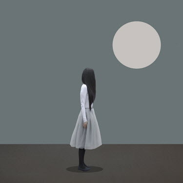 Patty Maher WOMA WITH DARK HAIR WITH SUN Women