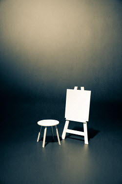 Peter Chadwick Paper craft canvas and easel with stool