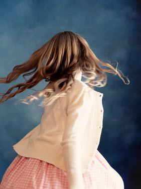 Elisabeth Ansley Girl in vintage sweater dancing