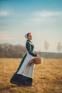 Joanna Czogala HISTORICAL SERVANT WOMAN IN SUMMERY FIELD Women