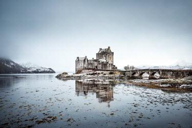 Evelina Kremsdorf Eilean Donan Castle. Highlands, Scotland, UK.