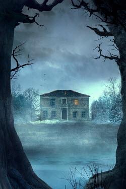Drunaa House near frozen lake