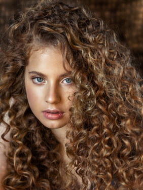 Anna Volynskaia Portrait of young woman with curly hair