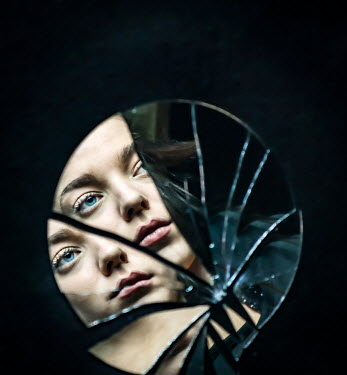Stephen Carroll FEMALE FACE REFLECTED IN BROKEN MIRROR Women