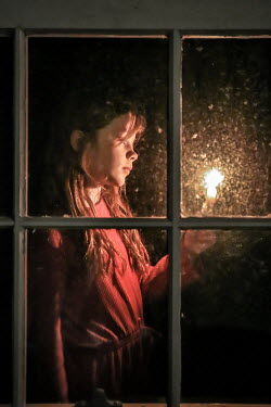 Stephen Carroll GIRL WITH CANDLE BY WINDOW AT NIGHT Children