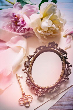 Sandra Cunningham Small brass mirror with flowers and key Flowers