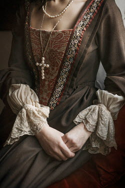 Shelley Richmond Woman in medieval dress