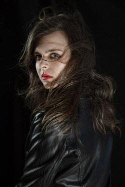 Natasza Fiedotjew SCARED WOMAN IN LEATHER JACKET AT NIGHT Women